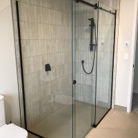 Showerscreen With Sliding Door